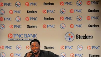 "Mike Tomlin missed these ""warm and fuzzy get-togethers"" with the media."