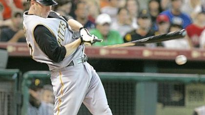 Jason Bay breaks his bat and gets a single in the second inning against the Astros last night in Houston.