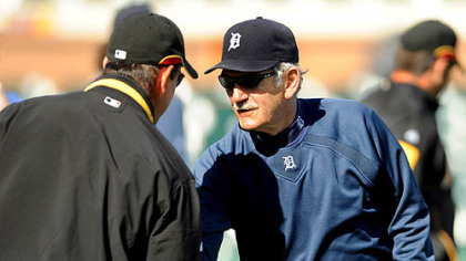 Pirates manager John Russell is greeted by Detroit Tigers manager and former Pirates skipper Jim Leyland before the start of Sunday&#039;s game at Lakeland Fla.
