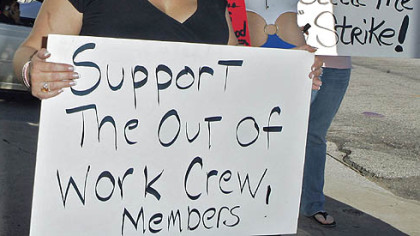 Production crew members yesterday protest the Writer's Guild strike prior to the 65th Annual Golden Globes in Beverly Hills, Calif.