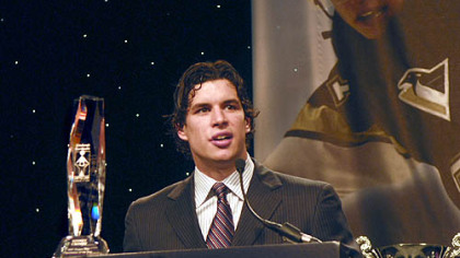 The Penguins' Sidney Crosby accepts sportsman of the year award last night at the annual Dapper Dan Dinner at the David L. Lawrence Convention Center, Downtown.