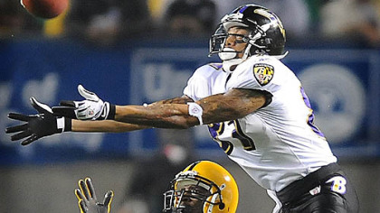 Ryan Clark breaks up pass intended for the Ravens&#039; Demetrius Williams last night.