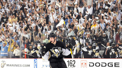 Penguins center Jordan Staal celebrates his power-play goal in the second period of yesterday&#039;s 2-0 victory against the New York Rangers at Mellon Arena.