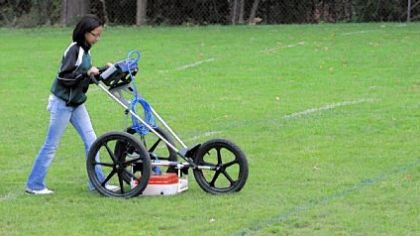 Jordyn Zechender, of Point Breeze, works with ground-penetrating radar during a simulated archaeological dig at The Ellis School.