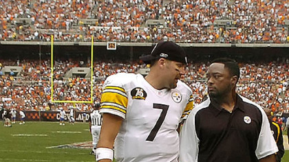 Steelers head coach Mike Tomlin, right, put more responsibility on Ben Roethlisberger to guide the offense in the 2007 season.