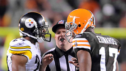 Steelers cornerback Ike Taylor gets in the face of Browns receiver Braylon Edwards last night.
