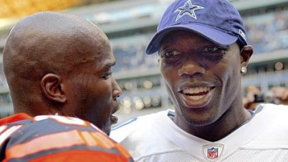 Two of the more outspoken receivers in the NFL -- Chad Johnson, left, and the Cowboys&#039; Terrell Owens -- talk shop before a game earlier this month.