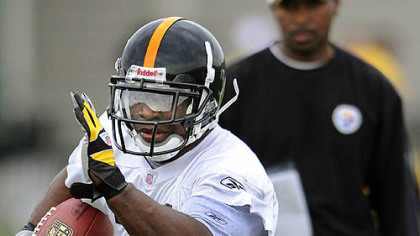 Steelers No. 1 draft pick Rashard Mendenhall in mini-camp workouts earlier this year.