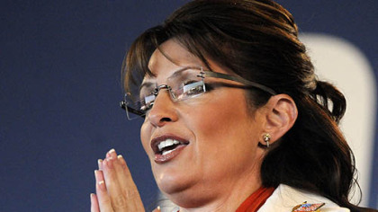 "Alaska Gov. Sarah Palin, the Republican vice presidential  nominee,  holds a ""Road to Victory"" rally in Latrobe, 31 October 2008"