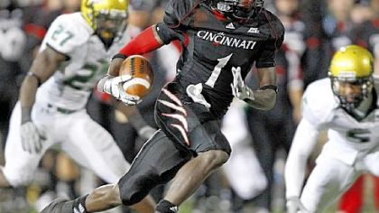 Cincinnati's Mardy Gilyard runs the ball in for a touchdown in the second quarter against South Florida October 30.